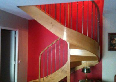 Photo escalier chêne 2/4 tournant . Balustre à la française