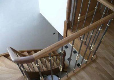 escalier  balustre métalllique