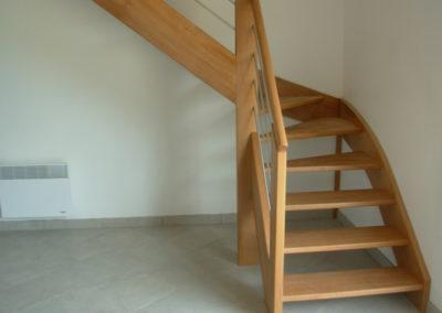 photo escalier chêne sans contre marche avec garde corps inox