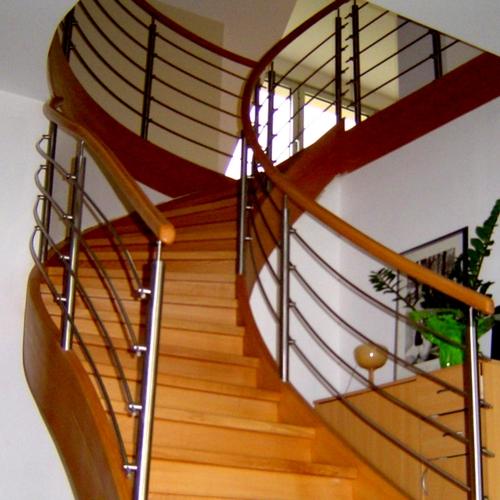 image escaliers en bois 62