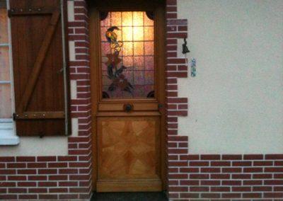 porte d'entrée avec vitrail